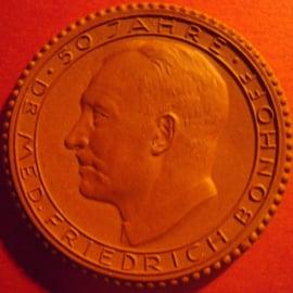 1933 Hildesheim , 50 yrs Dr.med.Bonhoff. Probe !! Meissen Porcelain 50mm Sch1697a - RR !!! (5478)
