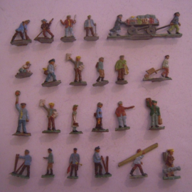 1900's  Rail road civilians , 23x flat 20mm scale (HO). Fritz Mittmann - Schweidnitz (15426)