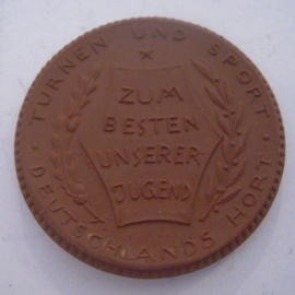 Berlin , 15 Mark 1921 ,  ohne Wert und Jahr - Deutscher Reichsausschus für Leibesübungen. Meissen Porzellan 42mm Sch354a - III (14489)