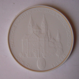 1993 A Meissen , City Thaler - Cathedral Speyer. Gilded inner circle !!! Meissen Porcelain 64mm W10.235.2.1.5 - IV (14782)