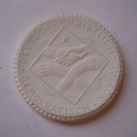 1921 Berlin , German Christian Trade Union. Max. 500 pcs made !! Meissen Porcelain 36mm Sch1041n - VIII (14856)