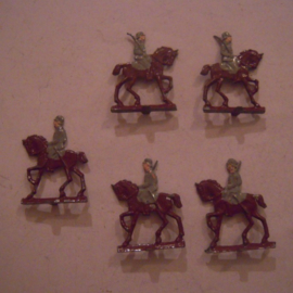 1920's - WWII German cavalry , 5x flat 20mm scale.  Spenkuch ? (15748)