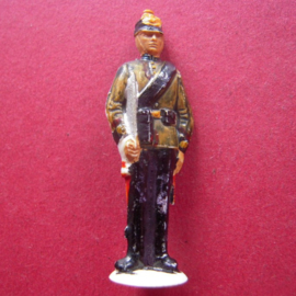 Gau Berlin 1942 Jan. WHW donation gift. Guard Corps Berlin - Gunner. Synthetic 49mm T037 (7220)
