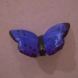 1936-04-4/5 Mutter & Kind Spende. Schmetterlinge - Bläuling. Porzellanabzeichen mit Nadel 33x19mm T009 (15599)