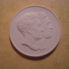1831 Dresden , Anton Koenig und Friedrich August Mitregent von Sachsen. Meissen Porzellan 42mm Sch1258 - R !!! (13599)