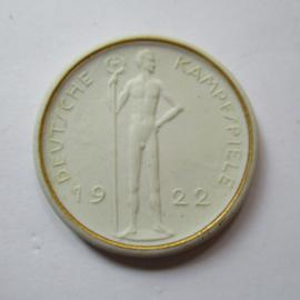 1922 Berlin , German Summer Games , participants souvenir. Gold decor !!! Teichert - Meissen 38mm Not mentioned in Scheuch (16205)