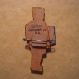 1935-3-9 German VDA donation pin. Student collectant - boy brown shirt. Wooden ca 50mm T082 (13102)