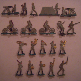 1914 German infantry parade WWI , 20x flat 30mm scale (15843)