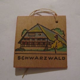 1942-11-21/22 German WHW donation gift. German farmhouses - Black Forest/Schwarzwald. Wooden , colorful painted 38x38mm T527 (16303)