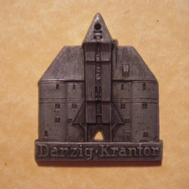 1942-06-27/28 German Red Cross donation gift. Famous city gates - Danzig / Gdańsk (POL) - Krantor. Synthetic grey, black patina  T081(12723)
