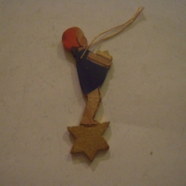 1936-12-18/21 German WHW donation gift. Dwarfs , angels and childern - Girl catching star. Wooden , hand painted T065 (14118)