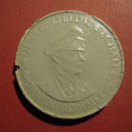 1933-45 Generalfeldmarschall Erwin Rommel. Glazed porcelain grey 33mm (9499)