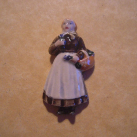 Gau Wien / Vienna 1940 WHW donation gift. Vienna types - Woman with lavender. Porcelain T010 (12851)