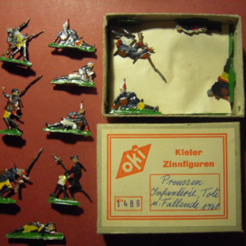 1760 Prussian infantry wounded , 20x flat 30mm scale in original box. Kieler Zinnfiguren (10400)