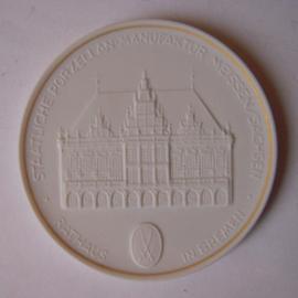 1993 A Meissen , Städte-Thaler - Rathaus Bremen.  Goldfaden am Rand !!! Meissen Porzellan 64mm W10.228.2.1.5 - V (14784)