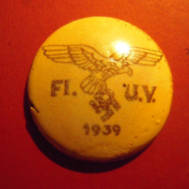 1939 Authentic Luftwaffe Fl.U.V. - Flight Barracks Administration. Porcelain glazed white 40mm (9505)