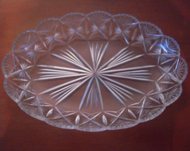 1900 - 1930's German lead cristal plater. Hand cut 37x25x5 cm (15273)
