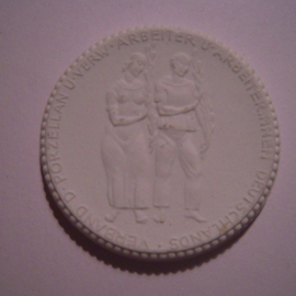 1922 Dresden , Union of Porcelain workers. Meissen Porcelain 40mm Sch1287n - VI (14915)