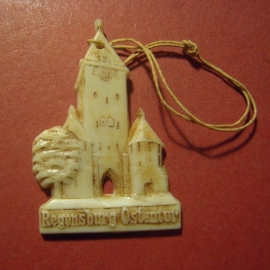 1942-06-27/28 German Red Cross donation gift. Famous city gates - Regensburg - Ostentor. Synthetic white , brown patina  T077 (8096)