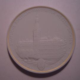 1993 A Meissen , Städte-Thaler - Rathaus Hamburg.  Goldfaden am Rand !!! Meissen Porzellan 64mm W10.231.2.1.5  - V (14785)