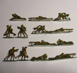 1914 English infantry WWI , Vickers machine gun unit , 13x flat 30mm scale. Kieler Zinnfiguren (16425)