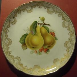 1918 - 1945 Hand painted fruit plate 21,5cm. C.M.Hutschenreuter - Hohenberg - Germany ; Kunstabteilung Dresden !!! (11865)