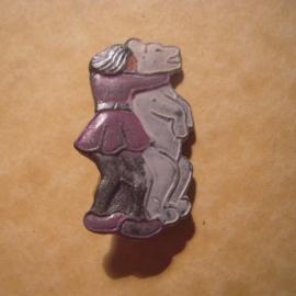 Gau Wien / Vienna 1940's WHW donation pin. Vienna sagas - Der Bären-Müller. Zinc T017 (12827)