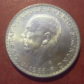 Gustaf VI Adolf , 5 Kronor 1966 (100 yrs constitution reform)      KM839 (11437)