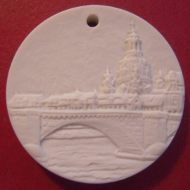 2005 Dresden , City view - Greetings from. Meissen Porcelain white 35mm (10081)