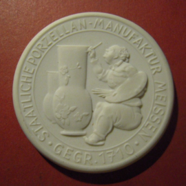 1934 Meissen , Commemoration visit I. Meissen Porcelain 48mm Sch2073n - VII (8849)