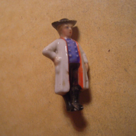 1937-03-20/21 German WHW donation pin. German folk costums - Mann aus der Schwalm. Porcelain T080 (13643)