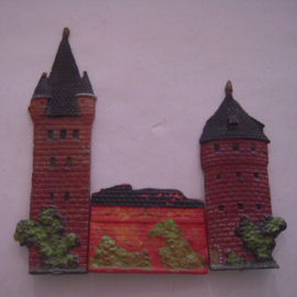 Castle towers (127 + 96 mm) and wall , 3x flat 30mm scale (15774)