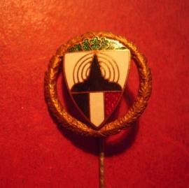 """1930's Kyffhäuserbund , Shooting award pin in """"bronze"""", enameled. 30mm manufacturer HCH. TIMM - Berlin (12462)"""