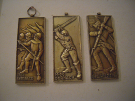 3x medal on Swiss battles - Sempach 1386 , Dornach 1499 , Grauholz 1798.  Paul Kramer Neuchatel 1960/70's 30x70mm metal (15389)