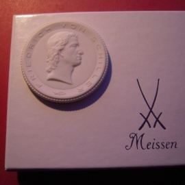 1995 Weimar , Friedrich von Schiller house in original box. Meissen Porcelain 51mm W10.654.2 - III (9006)