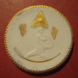 1922 Dresden , Apostelkirche Trachau donation. Gold décor !!! Max. 200 pcs made !! Meissen Porcelain 40mm Sch713q - R !!! (12112)