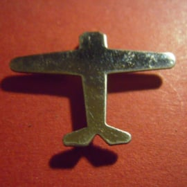 1933-35 German Air Sports Association donation pin. , Airplane , single without decor. Metal      DLV18 (6555)