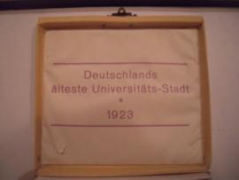 1923 Heidelberg , Heidelberg Castle , complete set in original box.  Majolika-Werke Gaildorf 42mm. Sch- (16149)