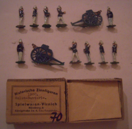1900 Prussian Garde artillery , 12x flat 30mm scale in original box (15810)