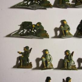 1920's - WWII German infantry , Maxim machine gun unit , 19x flat 30mm scale. Heinrichsen - Nürnberg (16426)