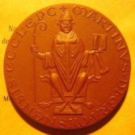 1976 Meissen , Seal bishop Martin of Meissen + original pouche. Meissen Porcelain 65mm W6354.1 - III (6101)