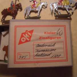 1700's Austrian cuirassiers, 10x flat 30mm scale in original box. Kieler Zinnfiguren (13377)