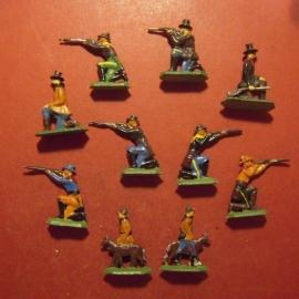 1800's old tin cowboys , 10x semi-flat 30mm.  1950/60's Merten - Berlin (11145)