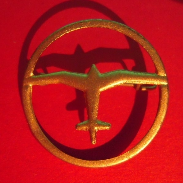 1933-35 German Air Sports Association donation pin.  Airplane , singel in circle. Silvered metal DLV19 (6488)
