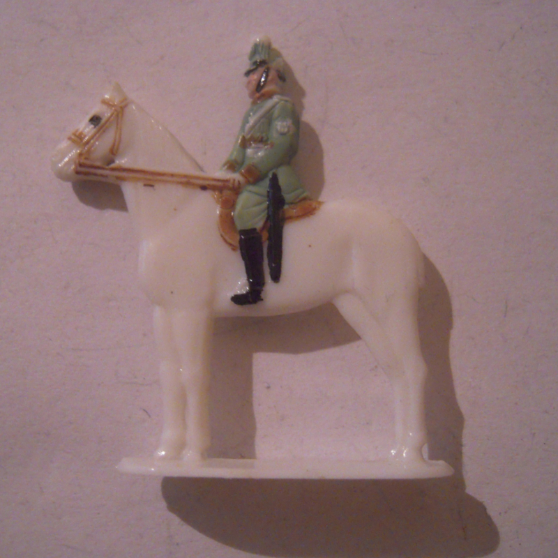 1940-02-18 German WHW donation gift. Policeman - policeman parade uniform on horseback. Synthetic colorful T254.1  (16176)
