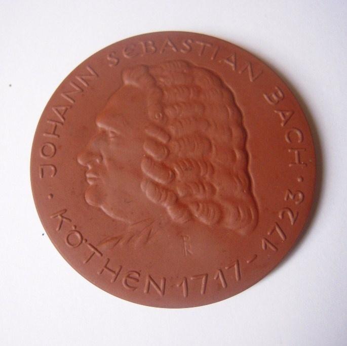 1978/88 Köthen , Johann Sebastian Bach 1717 - 1723. Meissen Porcelain 66mm W6303.1 - III (14665)
