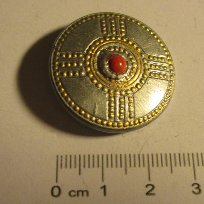 Original 1941 German WHW donation pin. German WHW pin shield series , metal + gemstone. Recent paint work (16372)
