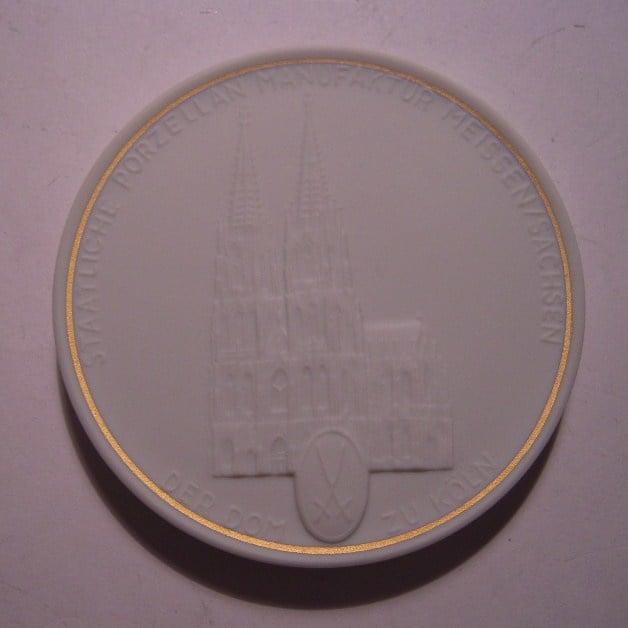 1992 A Meissen , City Thaler - Cathedral Cologne / Köln. Gilded inner cirkel !!! Meissen Porcelain 64mm W10.215.2.1.5 - IV (14792)