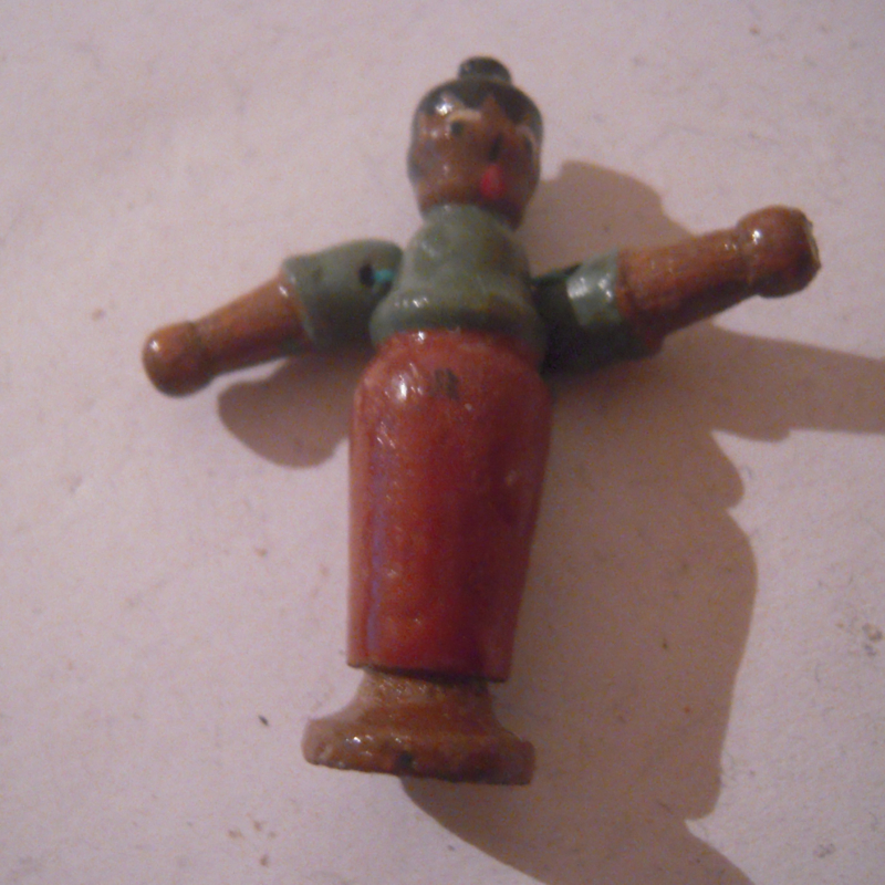 1940-12-14/15 German WHW donation gift. Kasperle figure moveable arms - Witch. Wooden colorful hand painted 43mm T324 (16195)