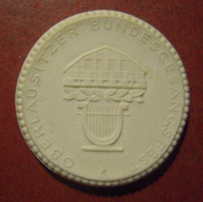 1922 Wilthen , 700 yrs celebration. Max. 200pcs made !!! Meissen Porcelain 35mm  Sch2317n - R !!! (11530)